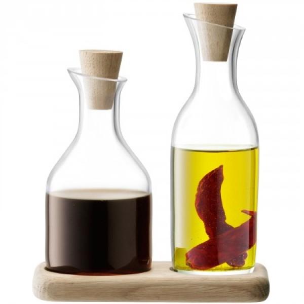 Aliejaus ir acto buteliukų rinkinys ant ąžuolinio padėkliuko SERVIRAVIMAS